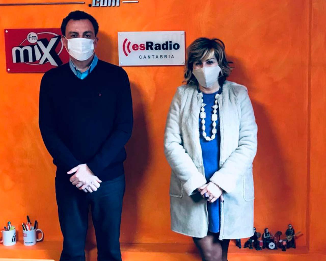 Participación tertulia Es Radio